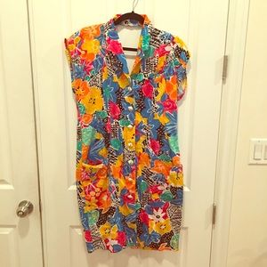 Vintage multicolored dress with belt & POCKETS!
